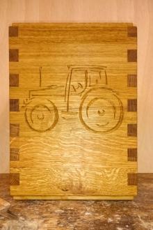 Sonderanfertigung-Eiche-Traktor
