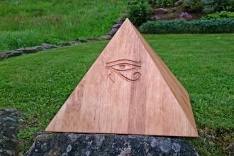 Sonderanfertigung-Pyramide